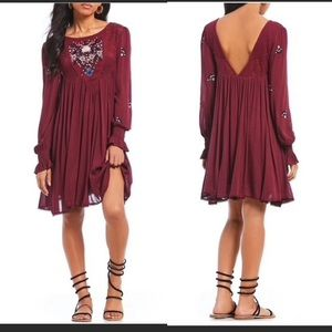 Free people NWT PLUM EMBROIDERED MOHAVE DRESS